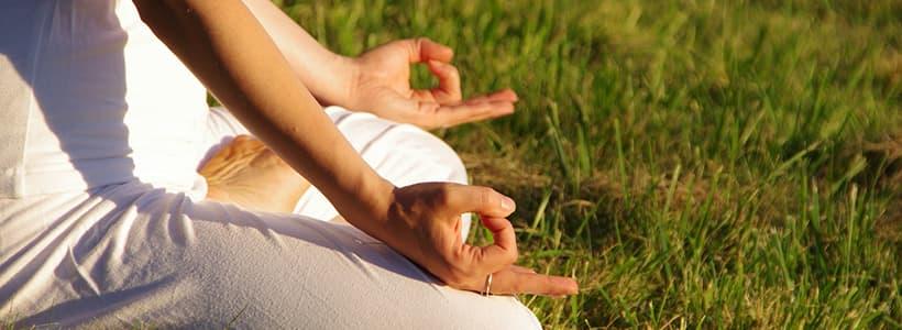 Daria bei der Meditation