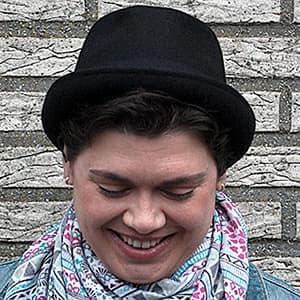 Nicole mit Hut
